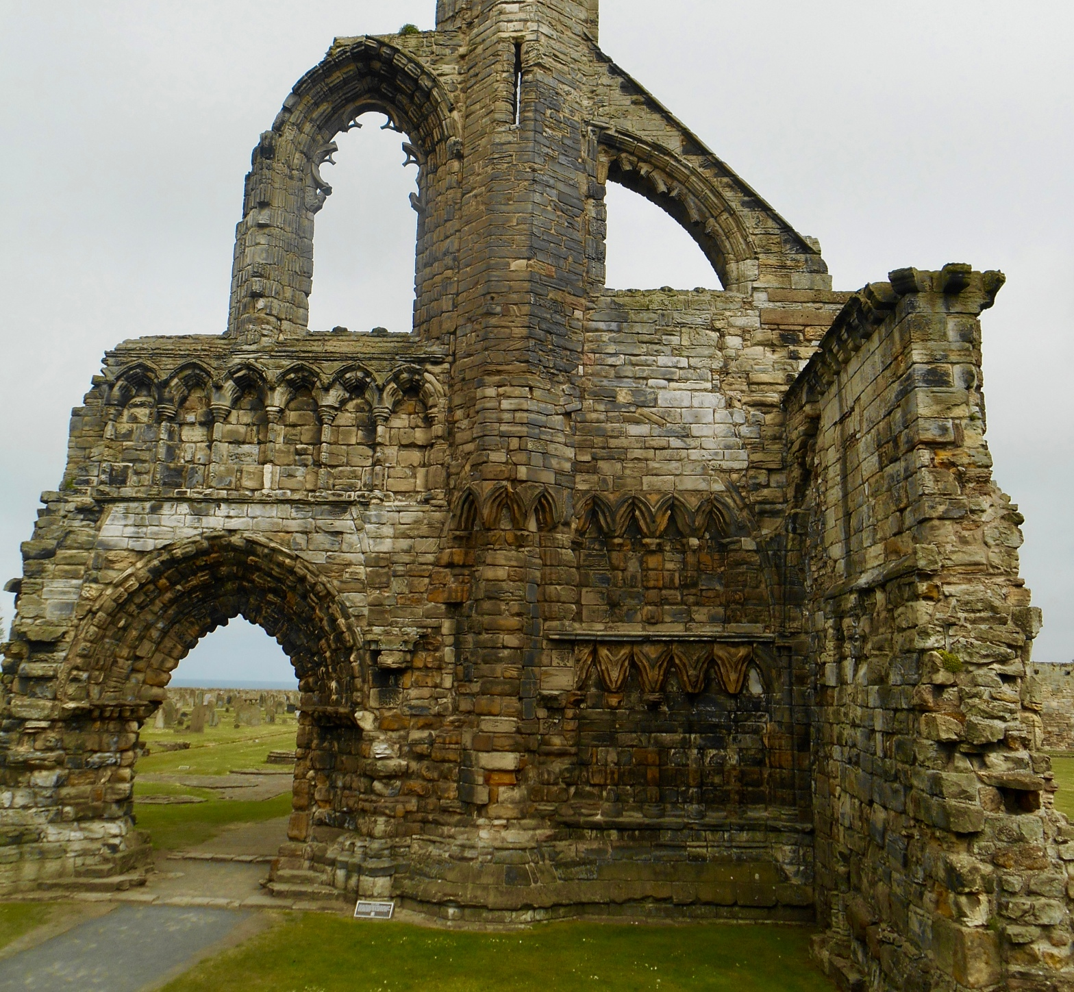 image of St. Andrews ruins in Scotland